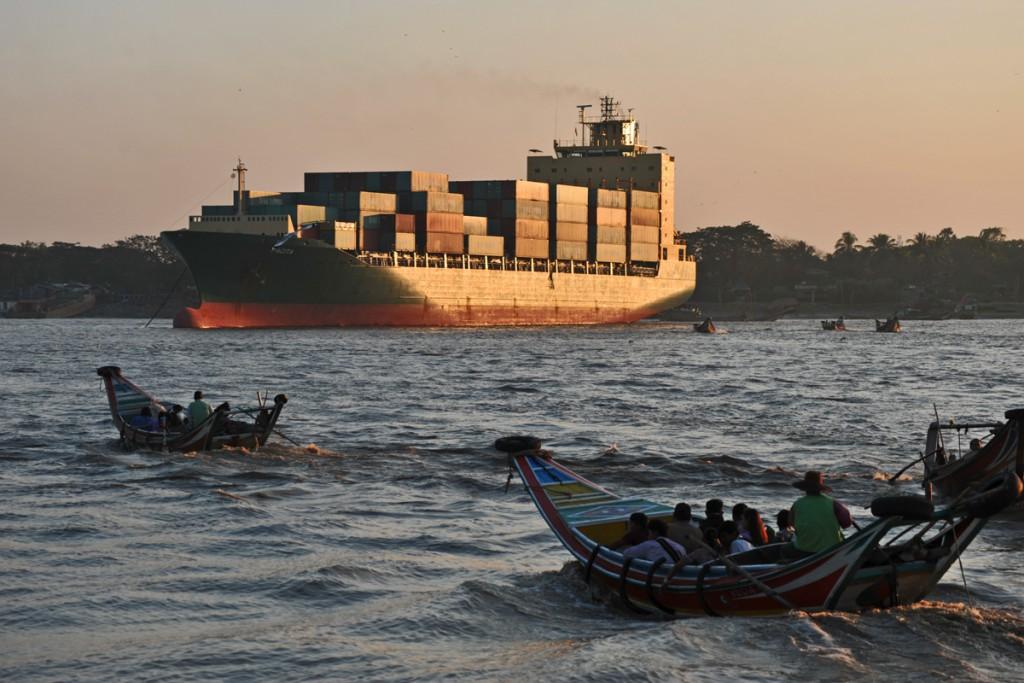 Yangon river02